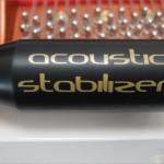 Dispositif acoustique pour piano à queue. Ce SST100 est personnalisé et assorti à la finition du piano.